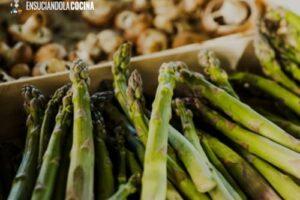 Receta de Pasta de Verduras: Linguini de Espárragos